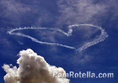 Sky writing at EAA Air Venture 2013, photo by Pam Rotella