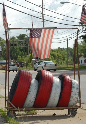 Tire shop in Elizabeth City, North Carolina, 25 June 2006